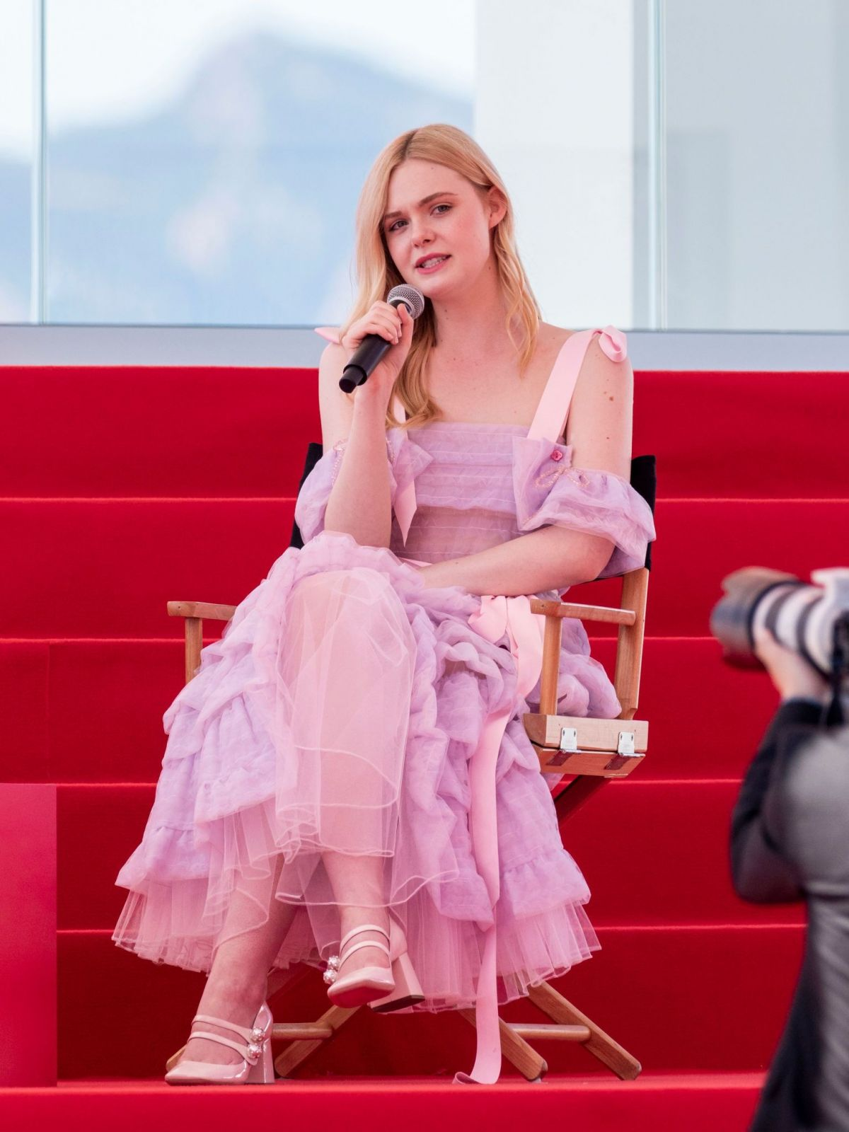 elle-fanning-at-an-interview-on-the-croisette-in-cannes-05-14-2019-4.jpg